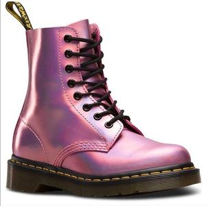 Dr martens RE LISTED